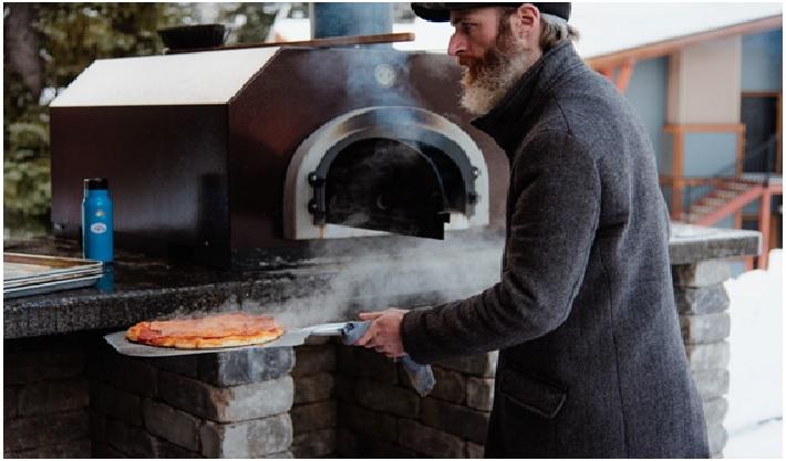 Top Benefits of Buying Outdoor Pizza Oven